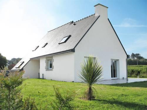 Ferienhaus Tregastel-Plage 302S : Guest accommodation near Trégastel