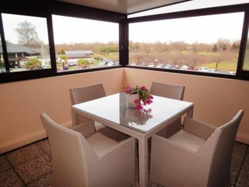 House Residence du golf : Guest accommodation near Saint-Faust