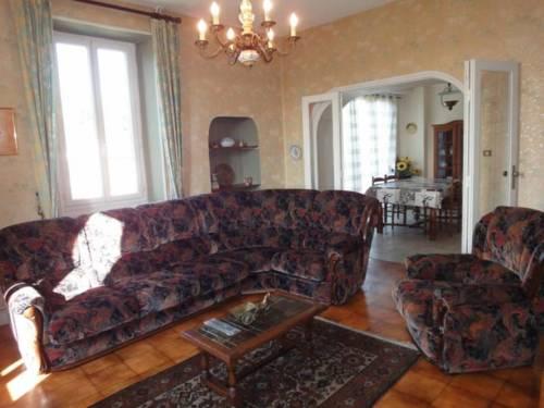 House Lacaze-busquet : Guest accommodation near Gelos