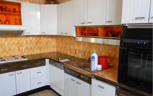 Holiday home Rue du Jeu de Paume : Guest accommodation near Méréville