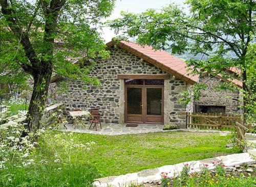 Ferienhaus Beaux 100S : Guest accommodation near Chomelix