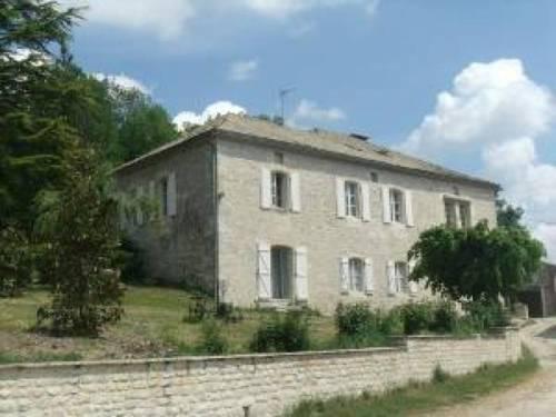 House Montcuq - 4 pers, 90 m2, 4/3 : Guest accommodation near Sainte-Alauzie