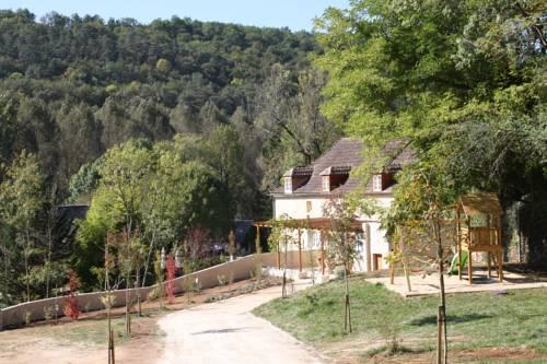 Maison du Cèdre : Guest accommodation near Auriac-du-Périgord