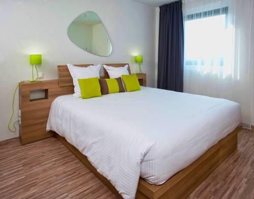 Ténéo Apparthotel Bordeaux Mérignac Aéroport : Guest accommodation near Mérignac