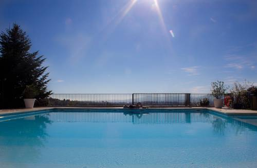 Domaine De Saint Clair Spa & Golf : Hotel near Peaugres