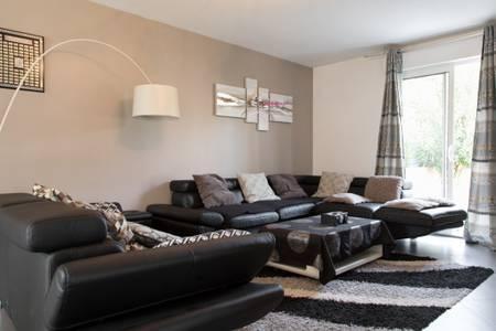 Maison proche parc des expositions, Villepinte, Paris, CDG et Le Bourget : Apartment near Livry-Gargan
