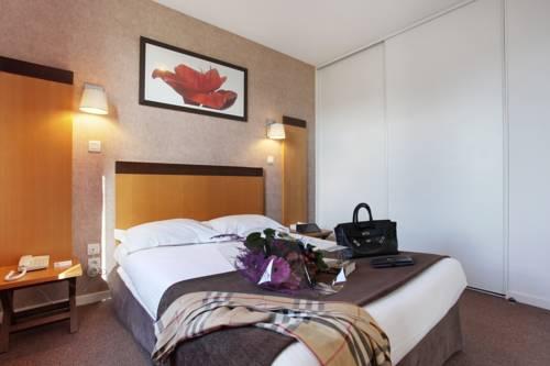 Odalys City Lyon Bioparc : Guest accommodation near Vénissieux