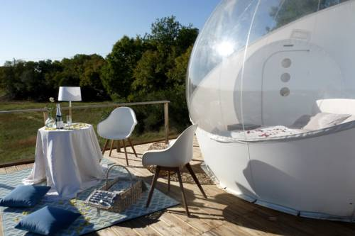 noct enbulle : Guest accommodation near Cours