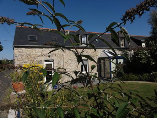 Chambres d'hôtes Air Marin : Bed and Breakfast near Ploulec'h
