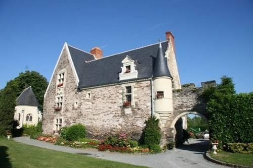 Manoir du Rivet : Bed and Breakfast near Mûrs-Erigné