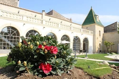 Les Galeries de Beaulac : Bed and Breakfast near Castelnau-de-Guers