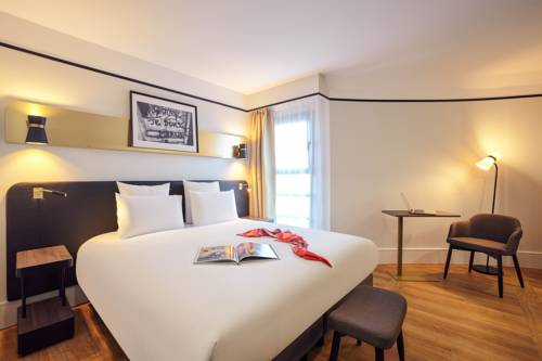 Mercure Paris Saint-Ouen : Hotel near Saint-Denis