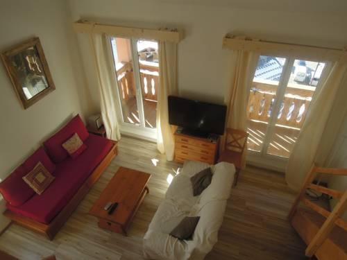 Apartment Quartier de la Vacherie : Apartment near Isola