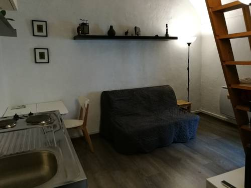 Studio Esbly : Apartment near Trilbardou