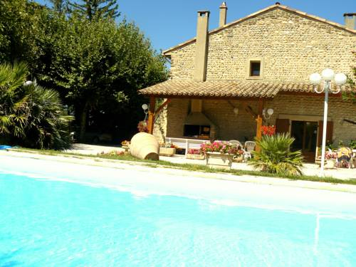 Les Galets d'Evelyne : Bed and Breakfast near Saint-Georges-les-Bains