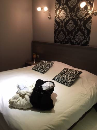 Hotel-Restaurant des Voyageurs : Hotel near Saint-Martin-de-Valamas
