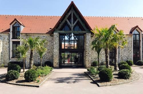 Domaine de Crécy : Hotel near La Haute-Maison