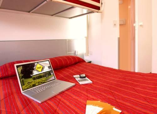 Premiere Classe Lille Sud - Henin Beaumont - Noyelles Godault : Hotel near Dourges