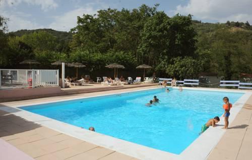 Hôtel La Bohème : Hotel near Vion