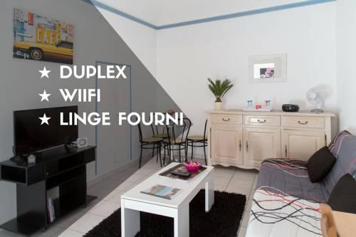 Sweet Home Aubenas : Apartment near Mercuer