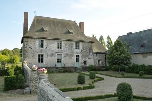 Grange du Plessis : Bed and Breakfast near Segré