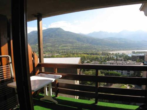 Apartment Airelles : Apartment near Embrun
