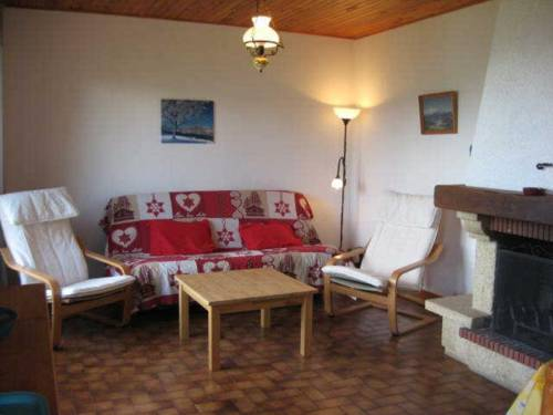 Apartment Morgon : Apartment near Saint-Vincent-les-Forts