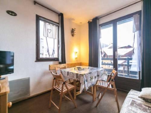 Apartment Eterlou : Apartment near Saint-Crépin