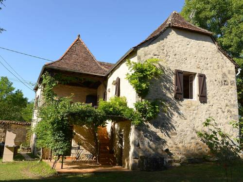 Holiday Home LA QUERCYNE : Guest accommodation near Saint-Perdoux