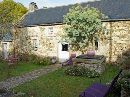 Holiday Home Le petit Launay : Guest accommodation near Argol