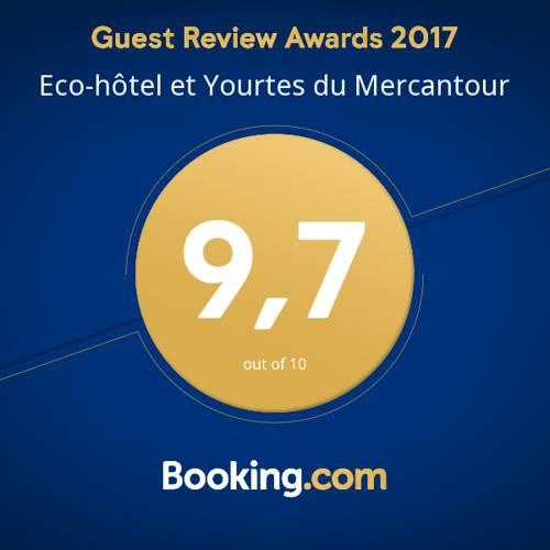 Eco-hôtel et Yourtes du Mercantour : Guest accommodation near Châteauneuf-d'Entraunes