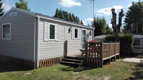 Camping Loisirs Des Groux : Guest accommodation near Saint-Martin-des-Champs