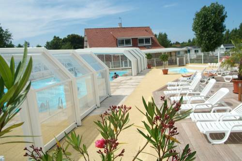 Camping Le Val d'Authie : Guest accommodation near Colline-Beaumont