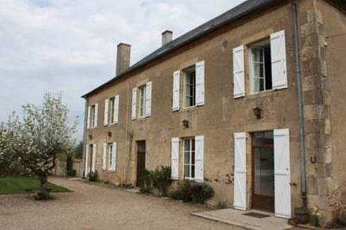 Gîte Donjon : Apartment near Gannay-sur-Loire