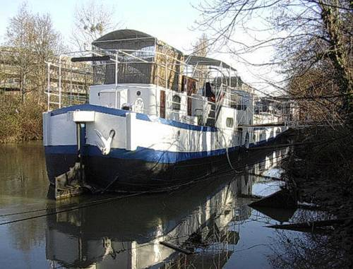 Boat For Guest : Guest accommodation near Meudon
