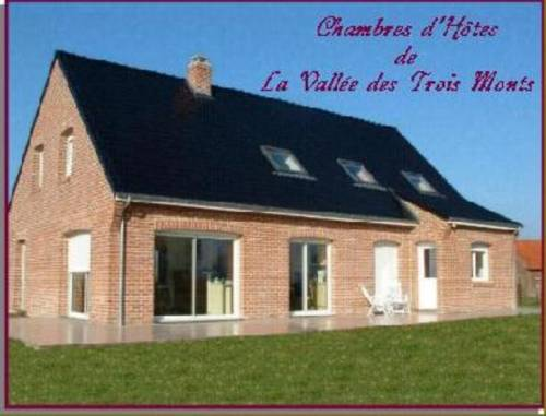 La Vallée des Trois Monts : Bed and Breakfast near Caëstre