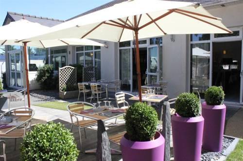 Inter-Hotel Angers Sud Bagatelle : Hotel near Mûrs-Erigné