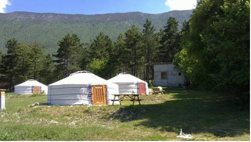 Les Steppes du Khaan : Guest accommodation near Moriez