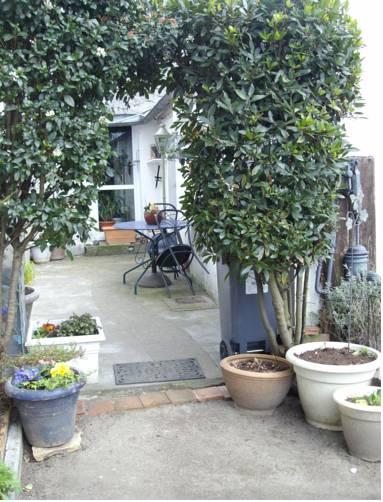 Studio La Courette : Apartment near Vienne-en-Val