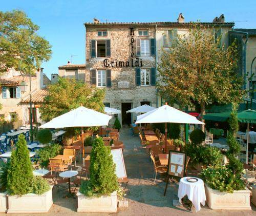 Hôtel Grimaldi : Hotel near Cagnes-sur-Mer