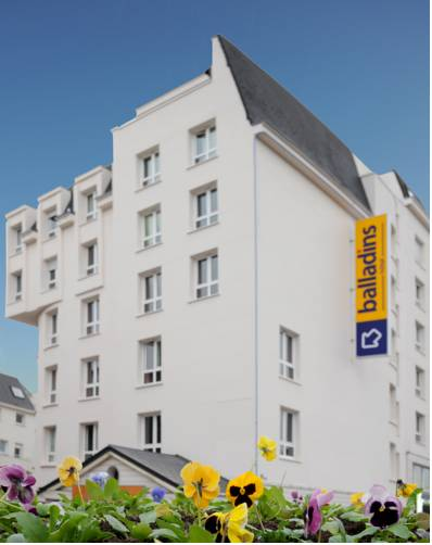 Hôtel balladins Eaubonne : Hotel near Saint-Gratien
