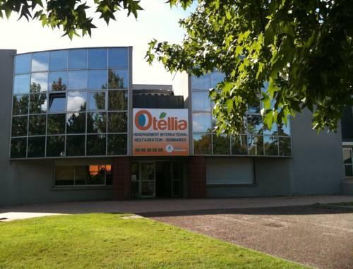 Résidence Otellia : Hostel near Blanquefort