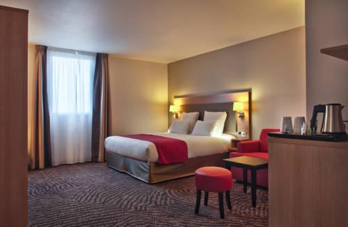 Best Western Les Terrasses de Montargis : Hotel near Ladon