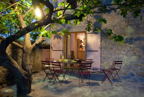 Le Figuier : Guest accommodation near Villeneuve-de-Berg