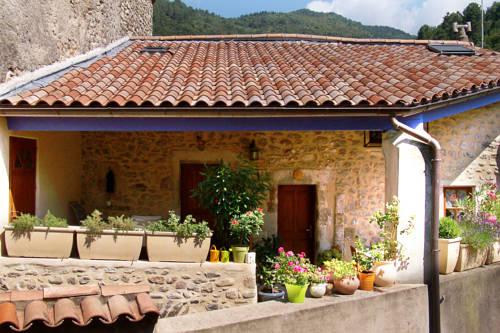 Gîte Le Galta : Guest accommodation near Saint-Laurent-du-Pape