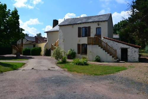 Logis de la Contrêche : Guest accommodation near Beaulieu-sur-Layon