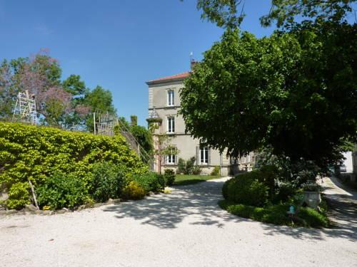 Le Clos des Ruisseaux : Bed and Breakfast near Saint-Jacques-d'Atticieux