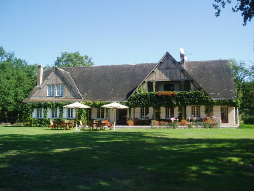 Les Vieux Guays : Bed and Breakfast near Viglain
