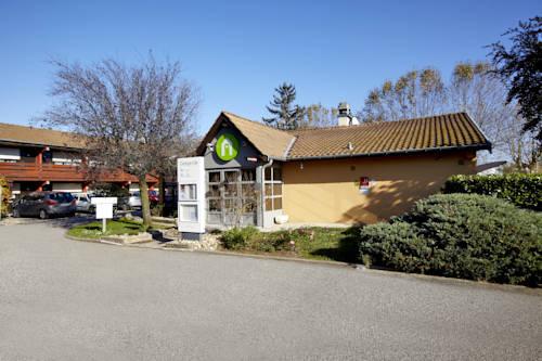 Campanile Villefranche-Sur-Saône : Hotel near Beauregard