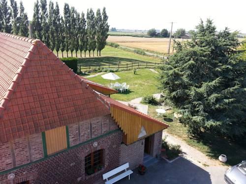 Gîte de La Ferme des Crins Blancs : Guest accommodation near Bavinchove